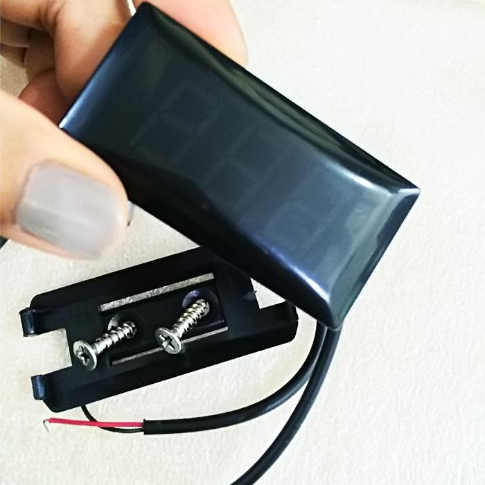 Đồng hồ báo điện bình xe máy